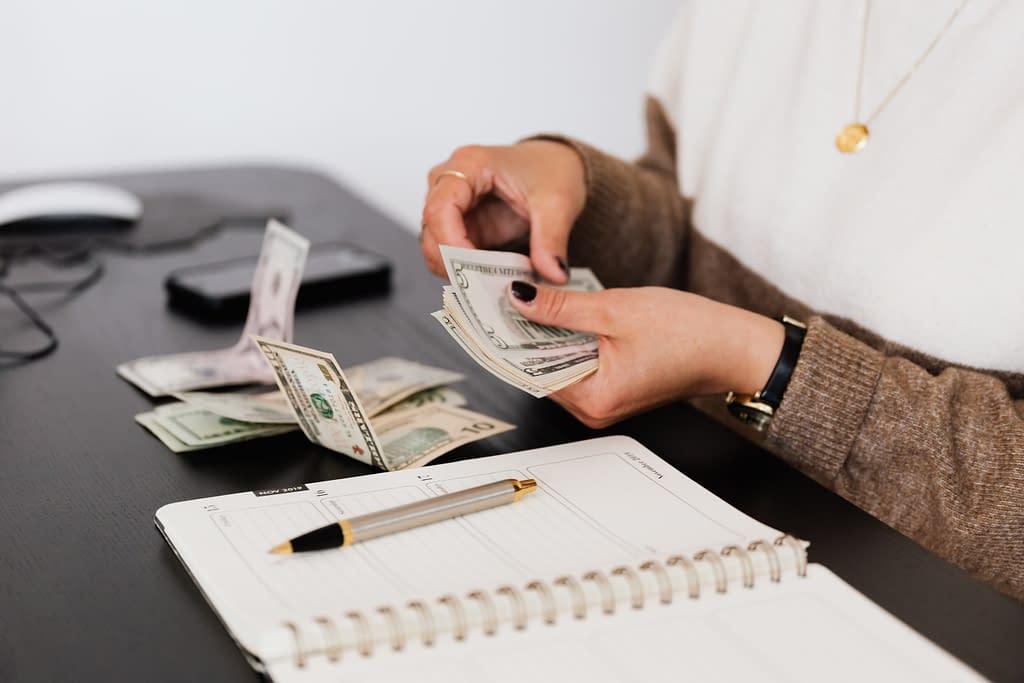 freelancer counting money