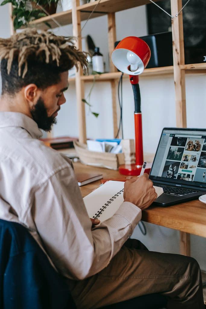 guy working on a side hustle